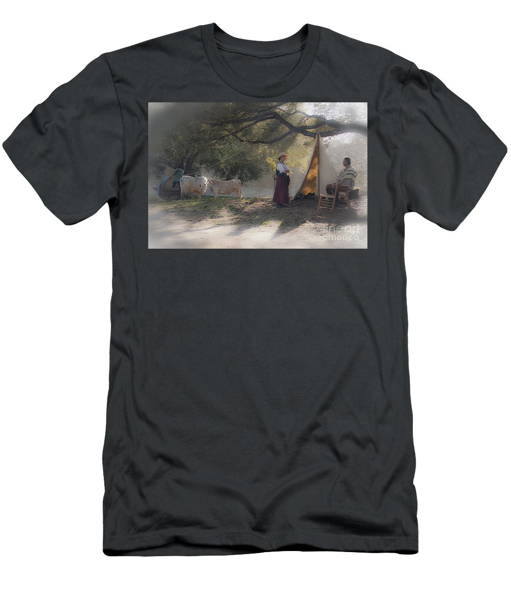 Washington On The Brazos Men's T-Shirt (Athletic Fit) featuring the photograph Morning Pleasantries by Kim Henderson