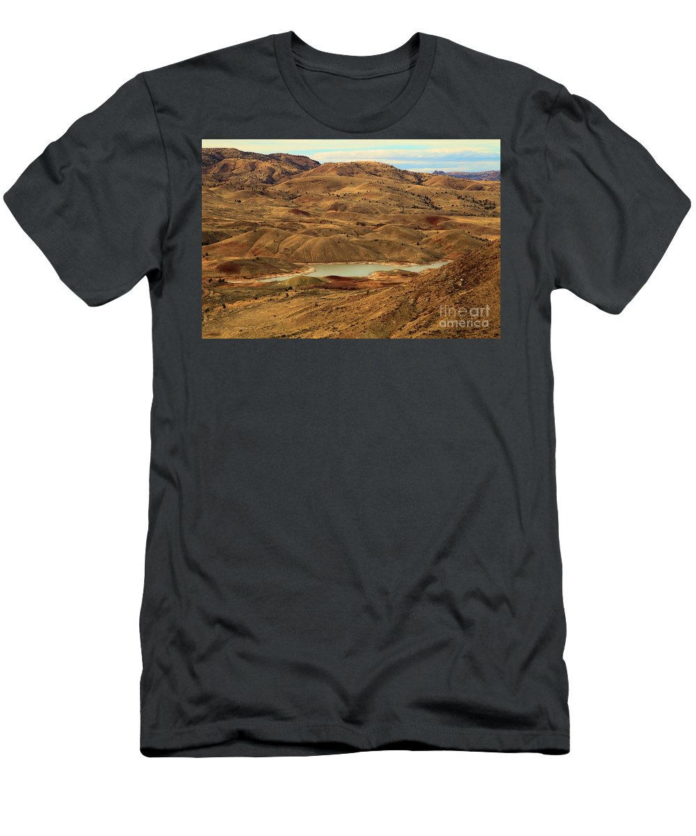 John Day Fossil Beds Men's T-Shirt (Athletic Fit) featuring the photograph Paint Around The Lake by Adam Jewell