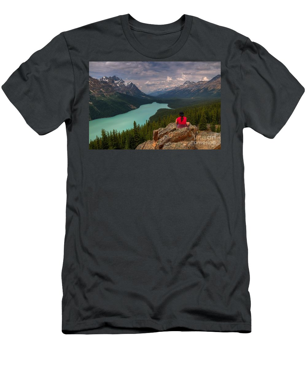 Peyto Lake Men's T-Shirt (Athletic Fit) featuring the photograph Peyto Solitude by James Anderson