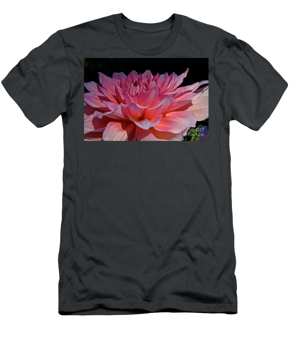 Outdoors Men's T-Shirt (Athletic Fit) featuring the photograph Sunrise Shades Of Pink by Susan Herber