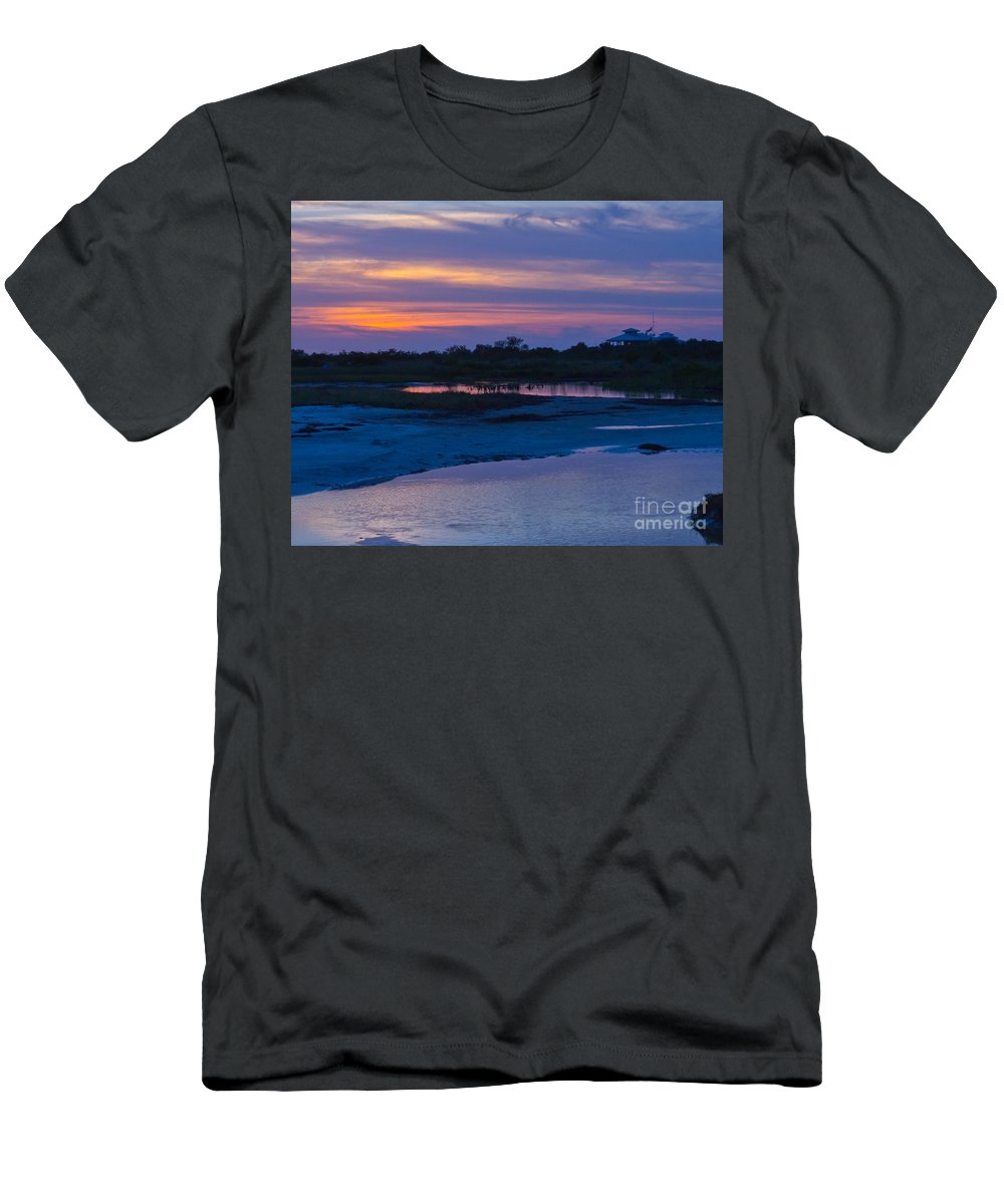 Sunset Men's T-Shirt (Athletic Fit) featuring the photograph Sunset On Honeymoon Island by Stephen Whalen