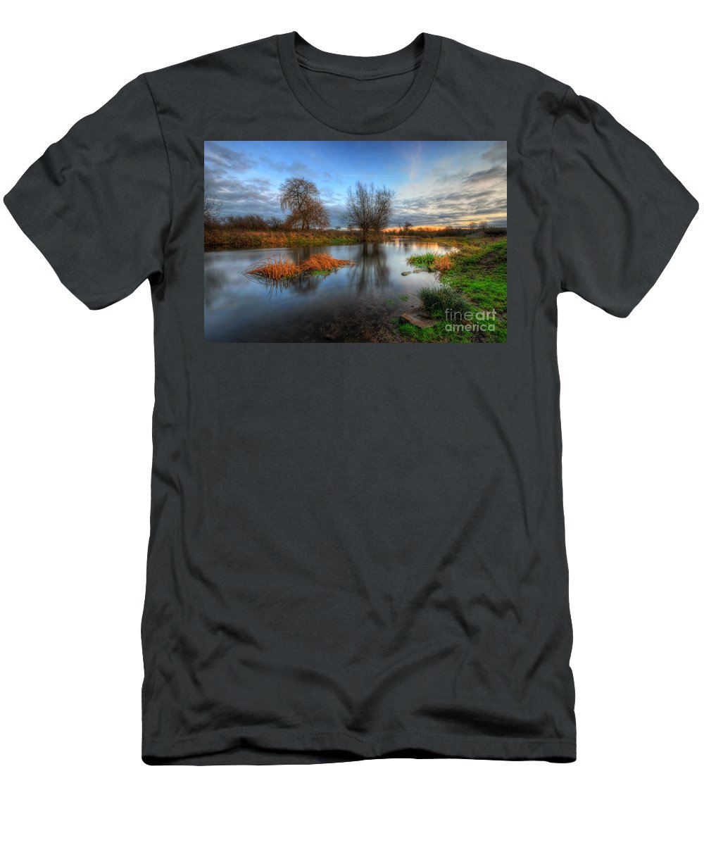 Hdr T-Shirt featuring the photograph Swampy 2.0 by Yhun Suarez