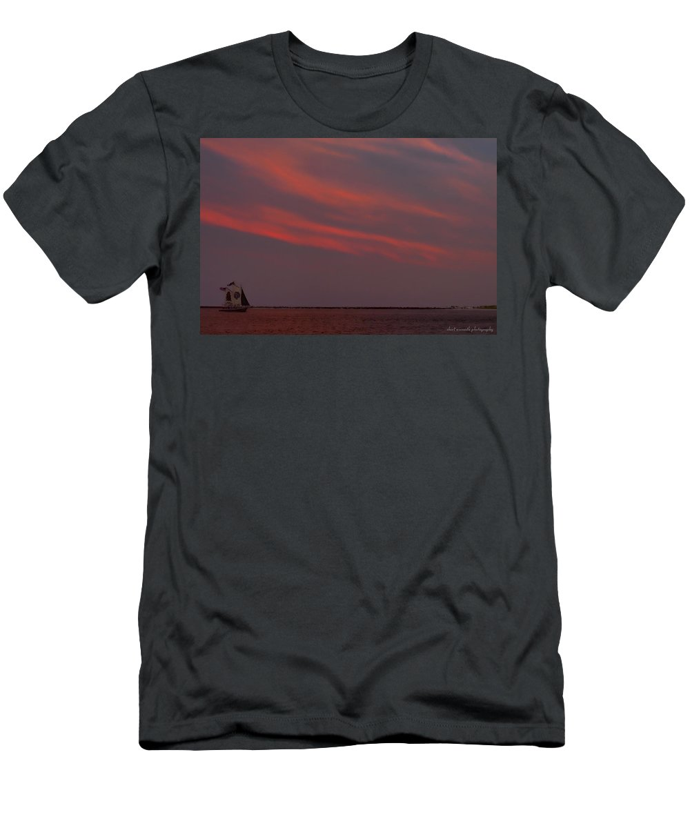 Sailboat Men's T-Shirt (Athletic Fit) featuring the photograph Sweeping by Sheri Bartoszek
