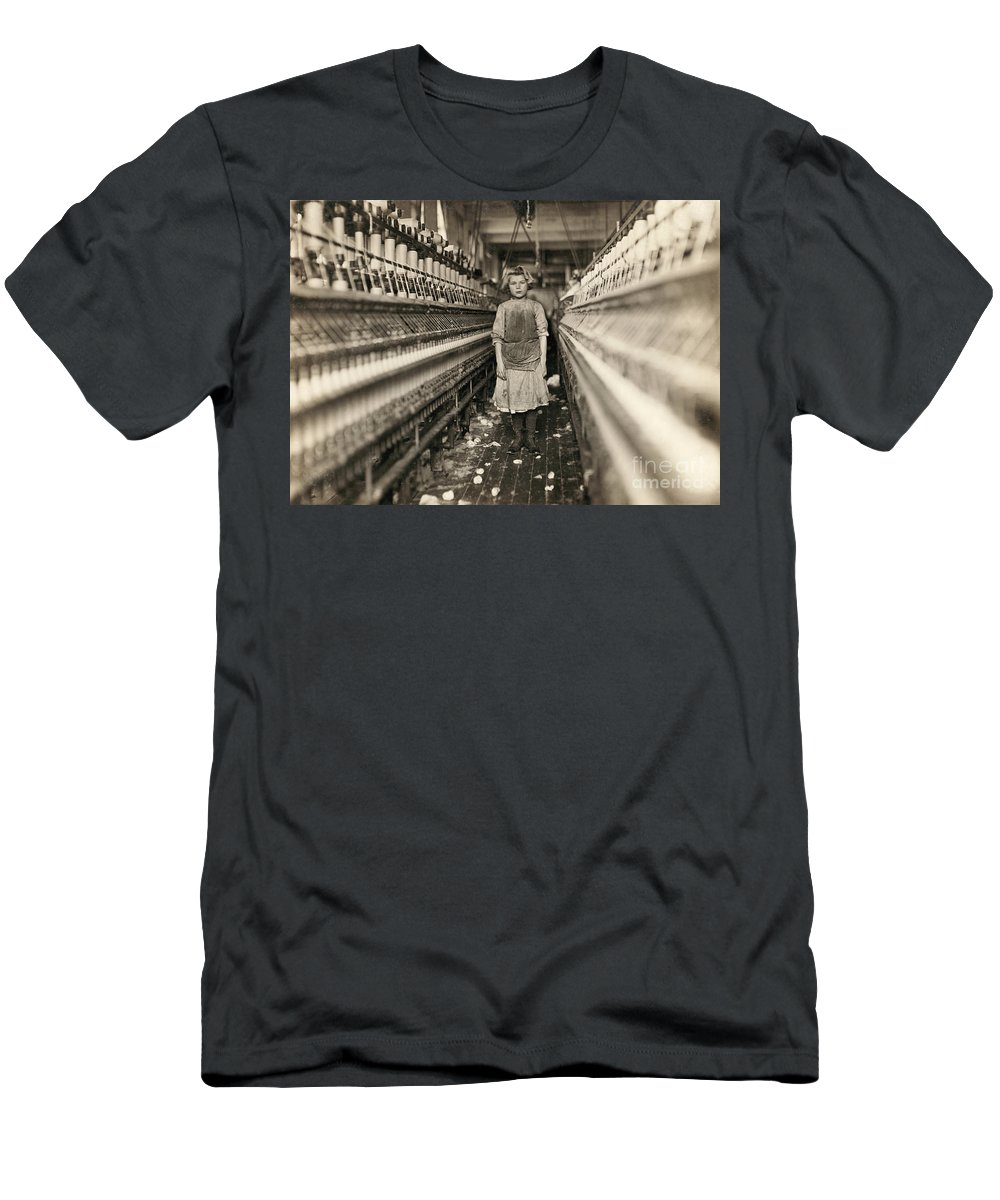 1909 Men's T-Shirt (Athletic Fit) featuring the photograph Textile Workers, 1909 by Granger