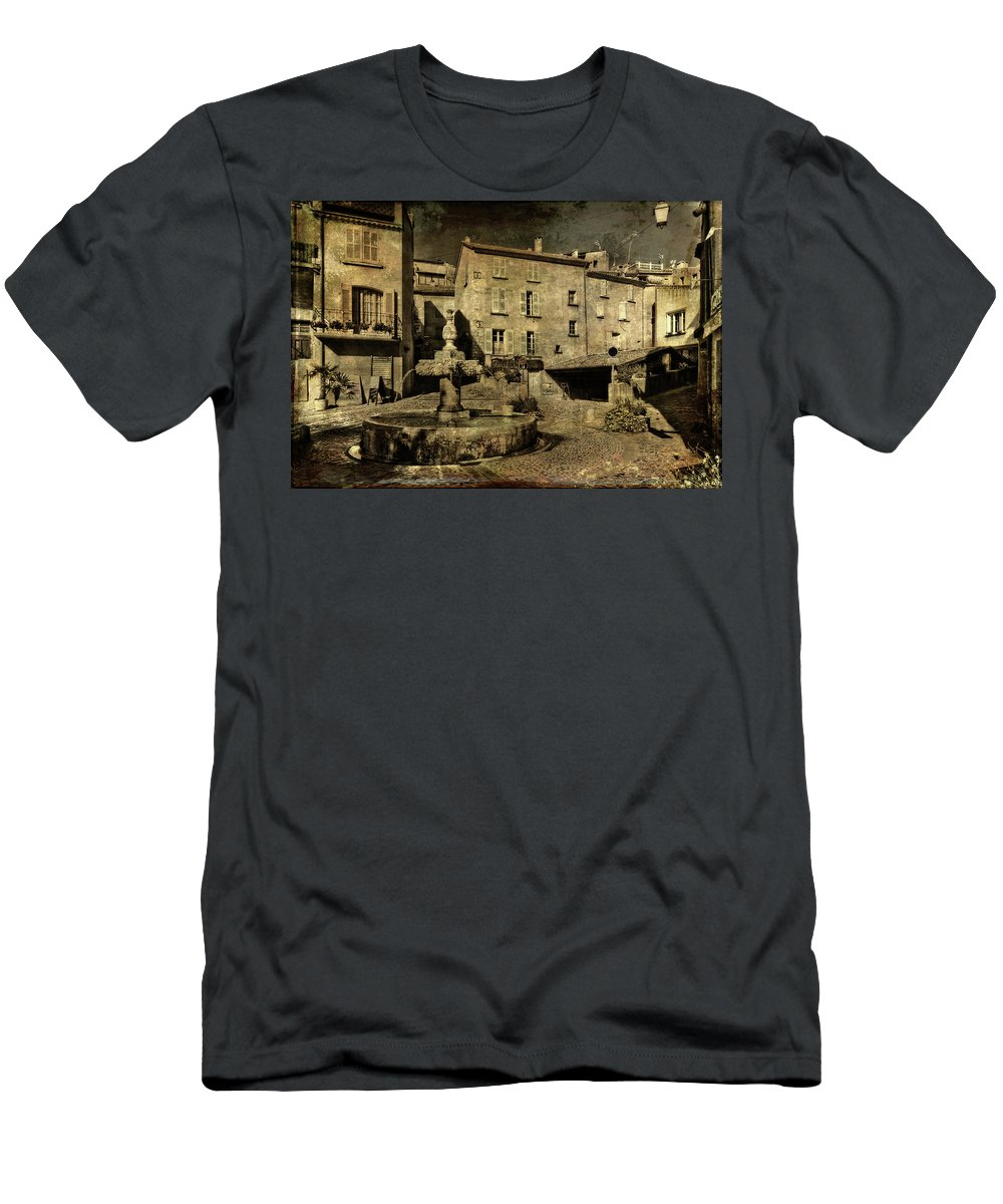 Architecture Men's T-Shirt (Athletic Fit) featuring the photograph Textured Square With Fountain by Roberto Pagani