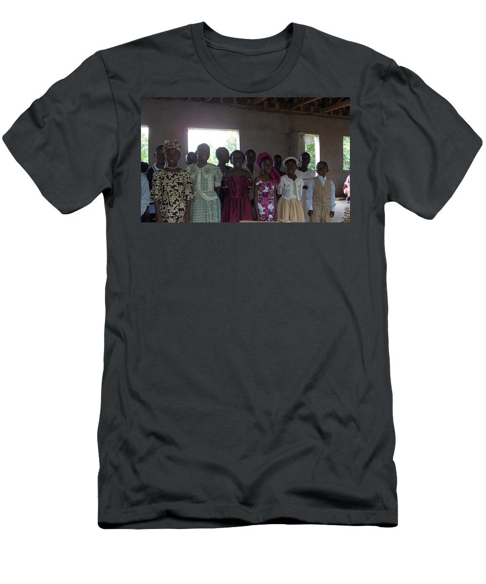 Choir Men's T-Shirt (Athletic Fit) featuring the photograph The Choir by Amy Hosp