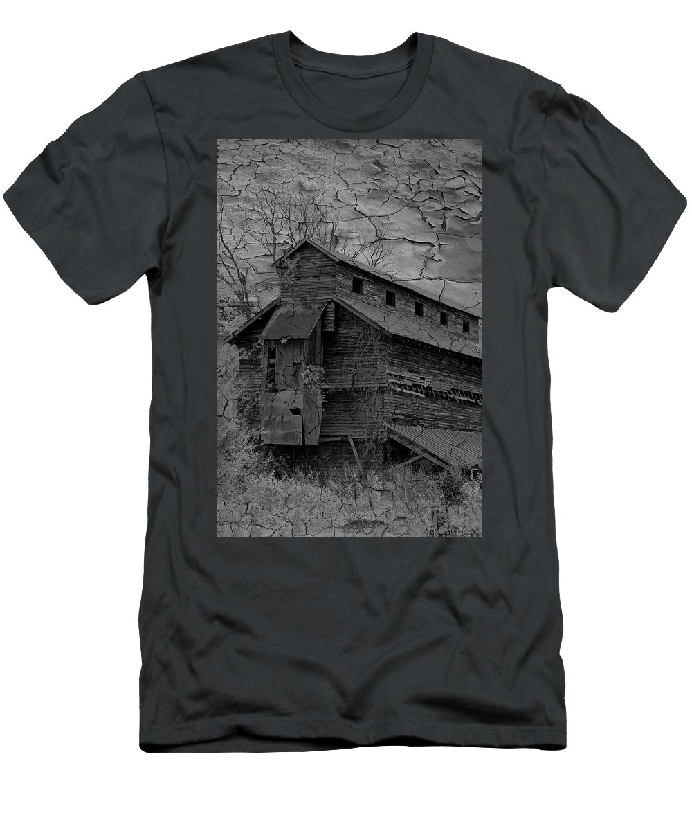Abandoned Men's T-Shirt (Athletic Fit) featuring the photograph The Old Douglassville Hotel by Trish Tritz