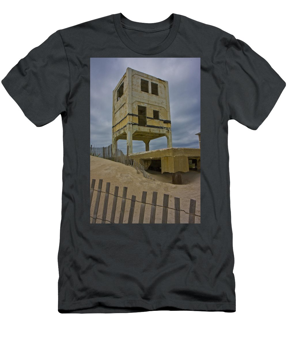 Topsail Men's T-Shirt (Athletic Fit) featuring the photograph Topsail Island Observation Tower 6 by Betsy Knapp