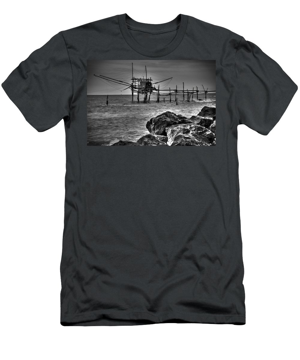 Fishing Men's T-Shirt (Athletic Fit) featuring the photograph Trabucco 2 by Michele Mule'
