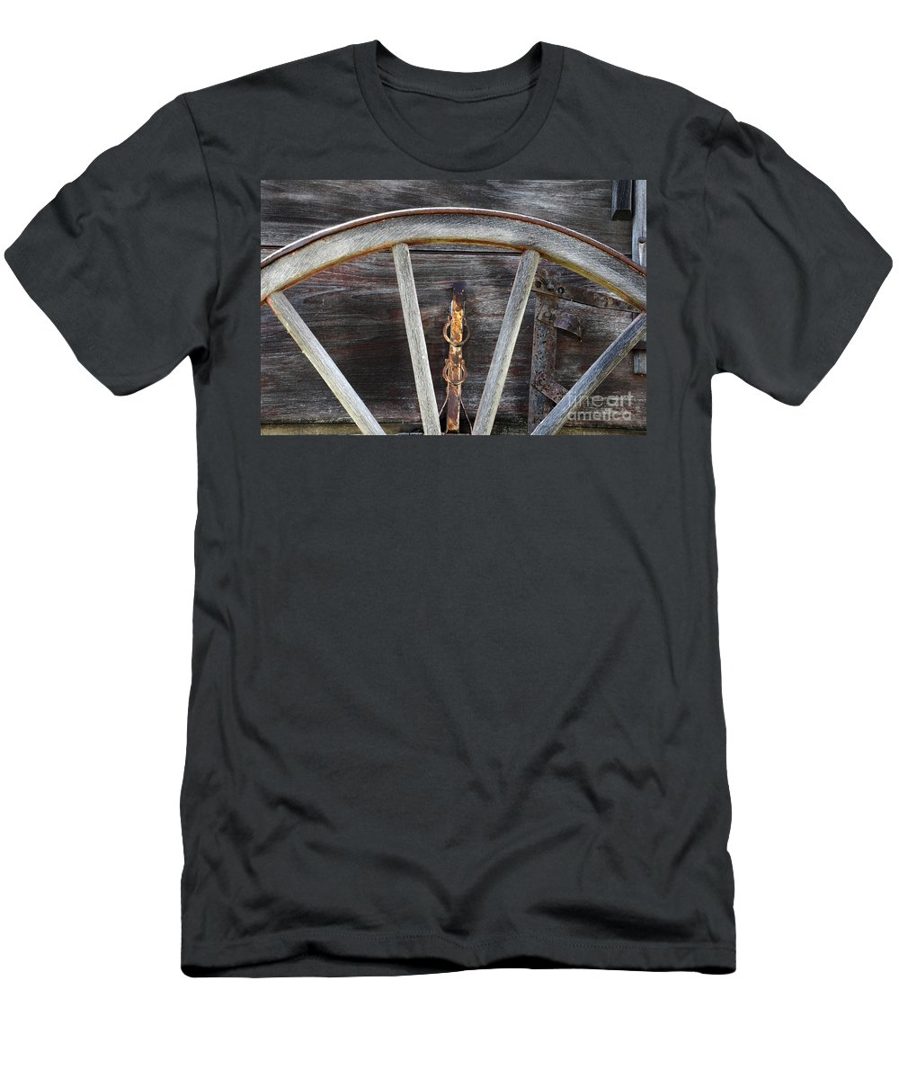 Wagon Wheel Men's T-Shirt (Athletic Fit) featuring the photograph Wagon Wheel Detail by Bob Christopher