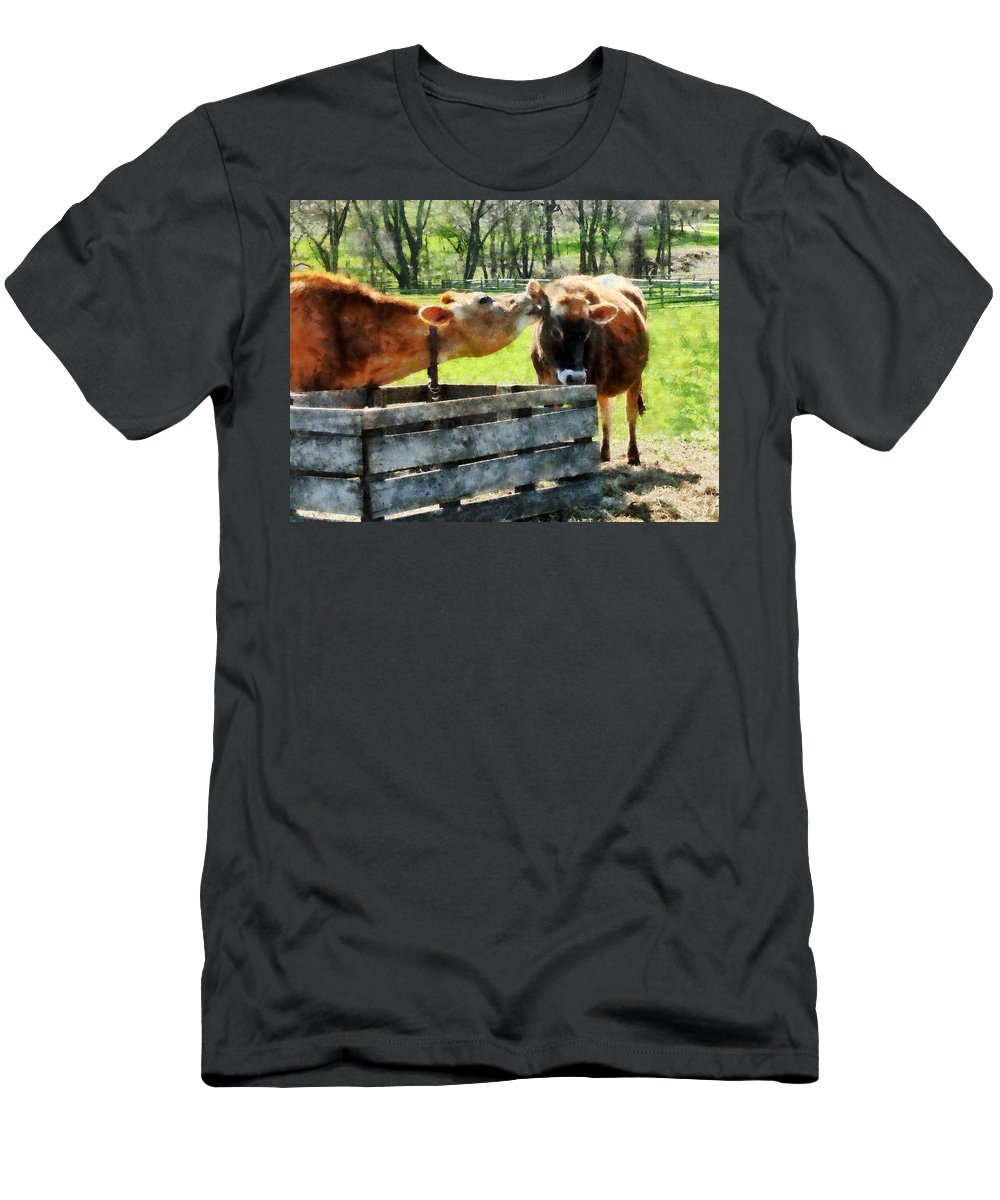 Cow Men's T-Shirt (Athletic Fit) featuring the photograph Want To Hear A Secret by Susan Savad