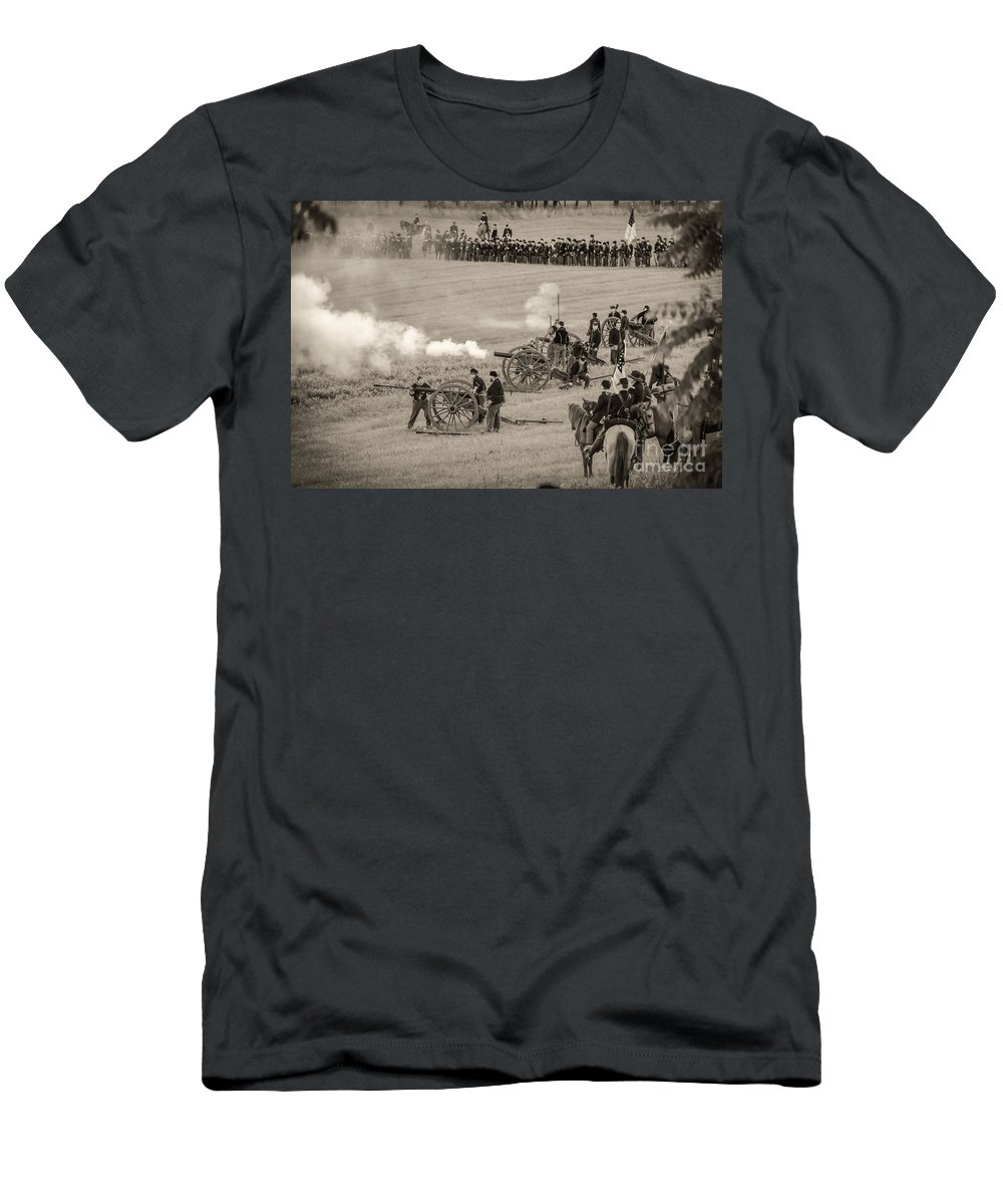 150th Men's T-Shirt (Athletic Fit) featuring the photograph Gettysburg Union Artillery And Infantry 7439s by Cynthia Staley