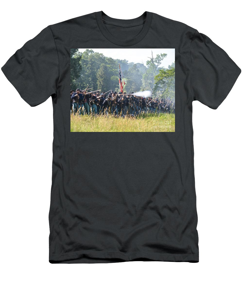 150th Men's T-Shirt (Athletic Fit) featuring the photograph Gettysburg Union Infantry 9372c by Cynthia Staley