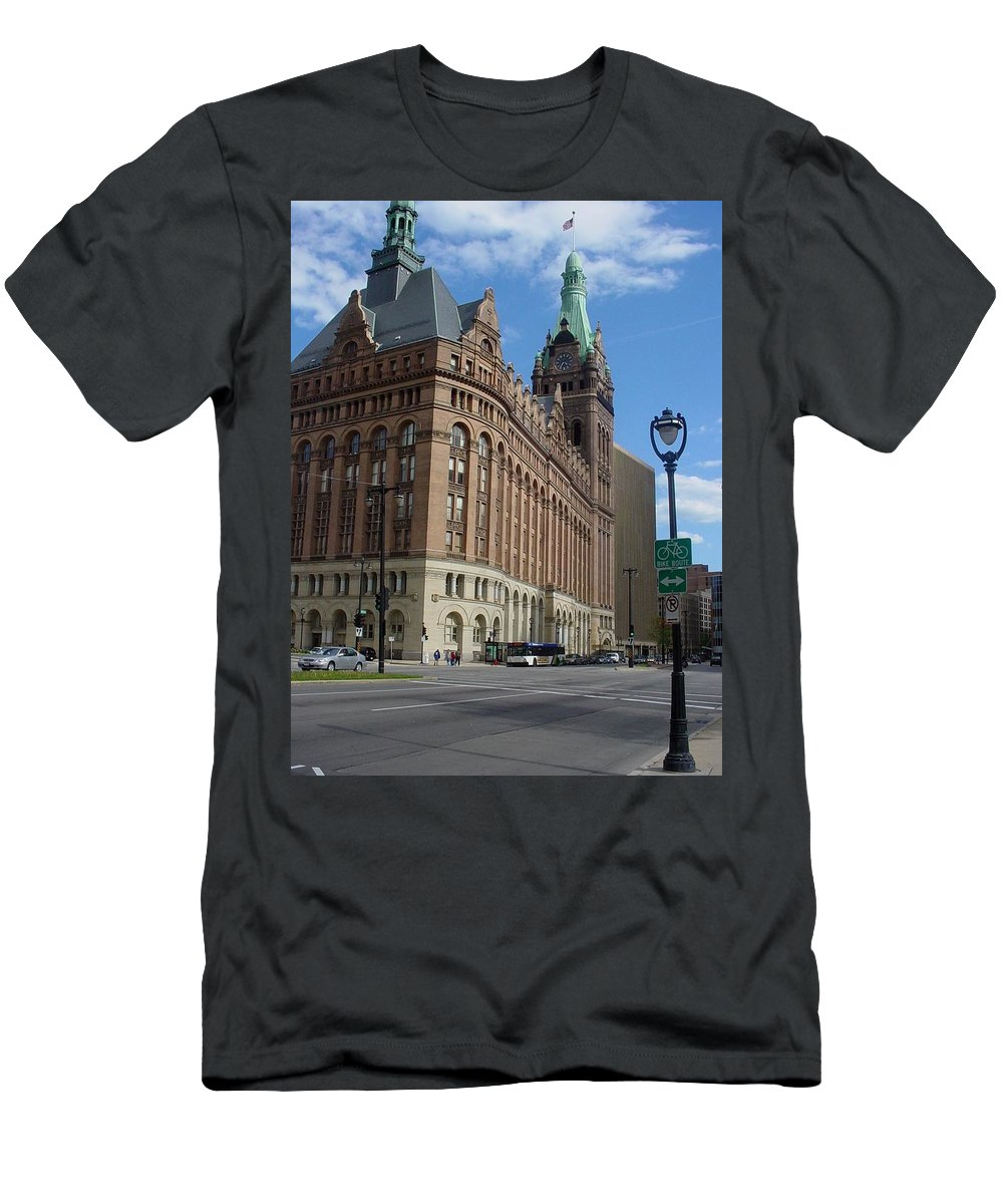 Milwaukee Men's T-Shirt (Athletic Fit) featuring the photograph City Hall And Lamp Post by Anita Burgermeister