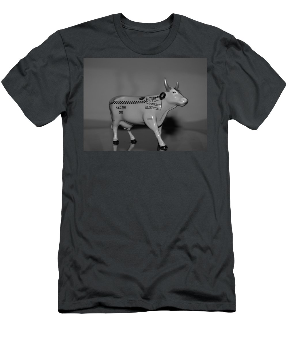Macro Men's T-Shirt (Athletic Fit) featuring the photograph N Y C Taxi Cow by Rob Hans