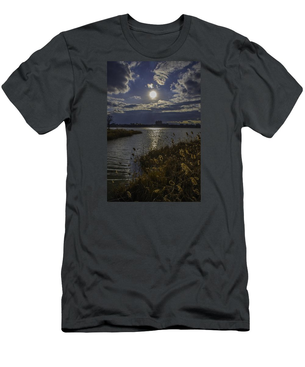 Sunset Men's T-Shirt (Athletic Fit) featuring the photograph Sunset,lake by Alexander Fuza