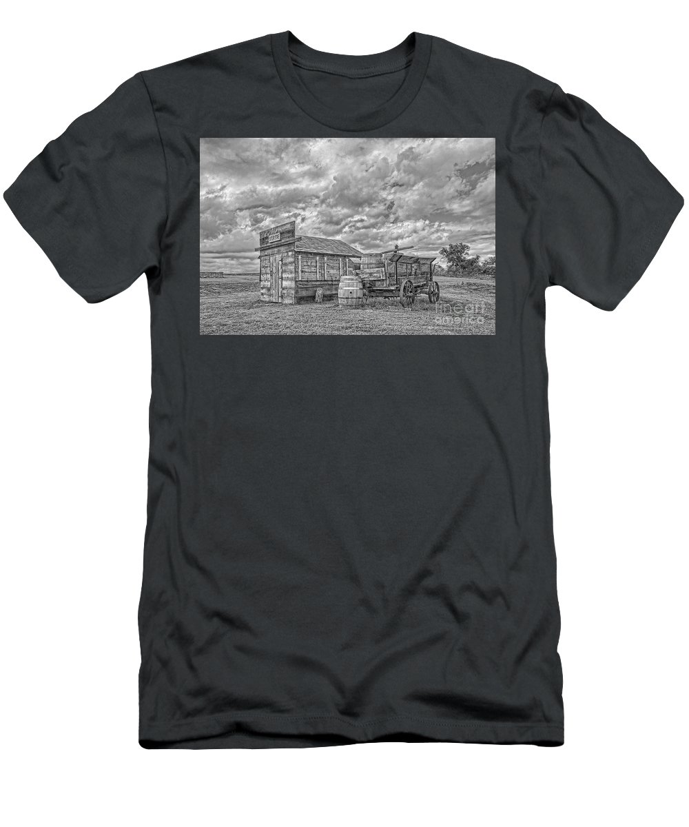 Fort Martin Scott Men's T-Shirt (Athletic Fit) featuring the photograph The Sutler's Store by Sam Stanton