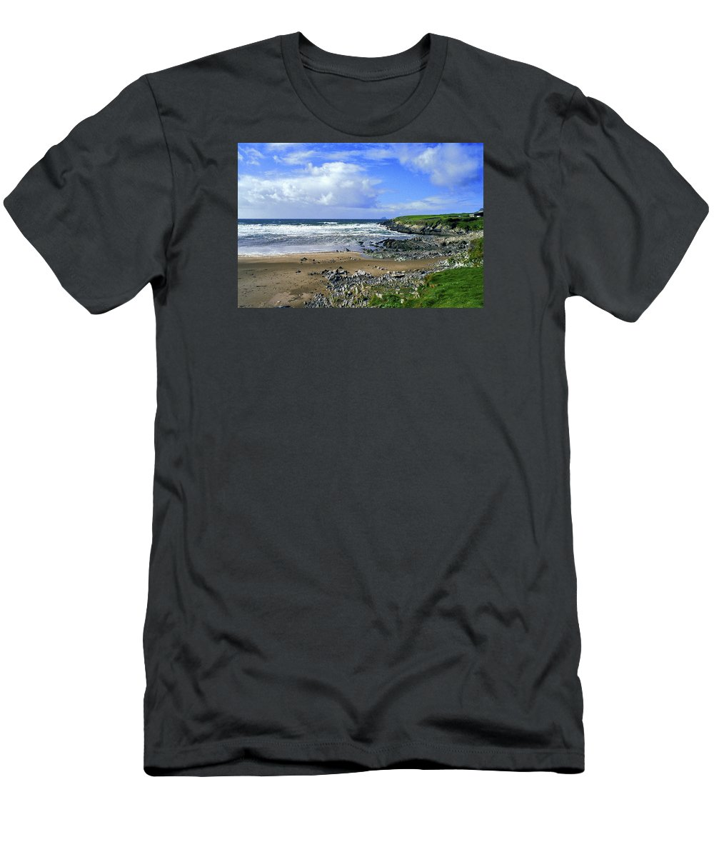 Atlantic Men's T-Shirt (Athletic Fit) featuring the photograph 174-006-ireland by David Lange