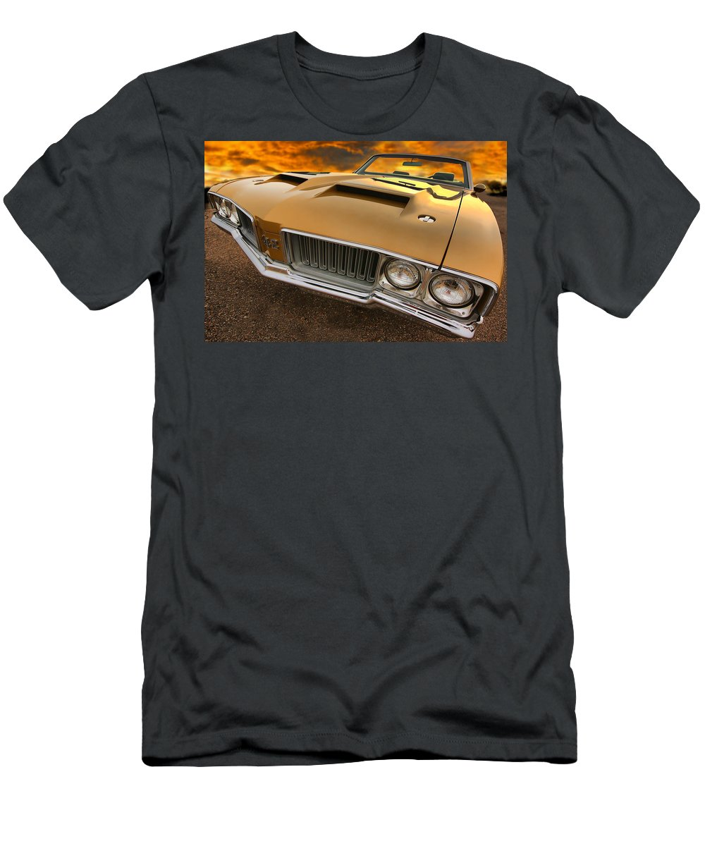 Oldsmobile Men's T-Shirt (Athletic Fit) featuring the photograph 1970 Oldsmobile 442 W-30 by Gordon Dean II