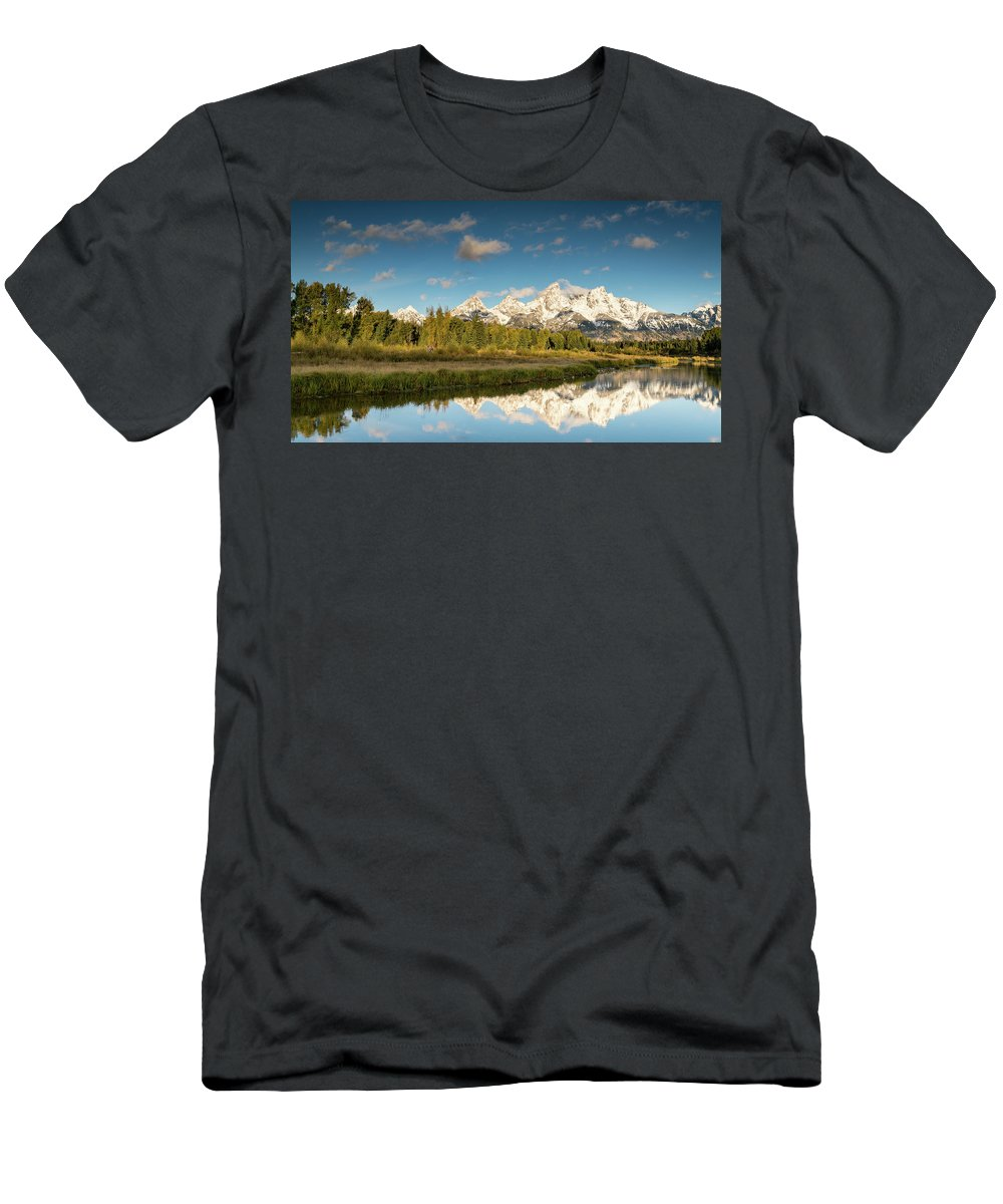 Sunset Men's T-Shirt (Athletic Fit) featuring the photograph Sunrise In Wyoming by Jeremy Duguid