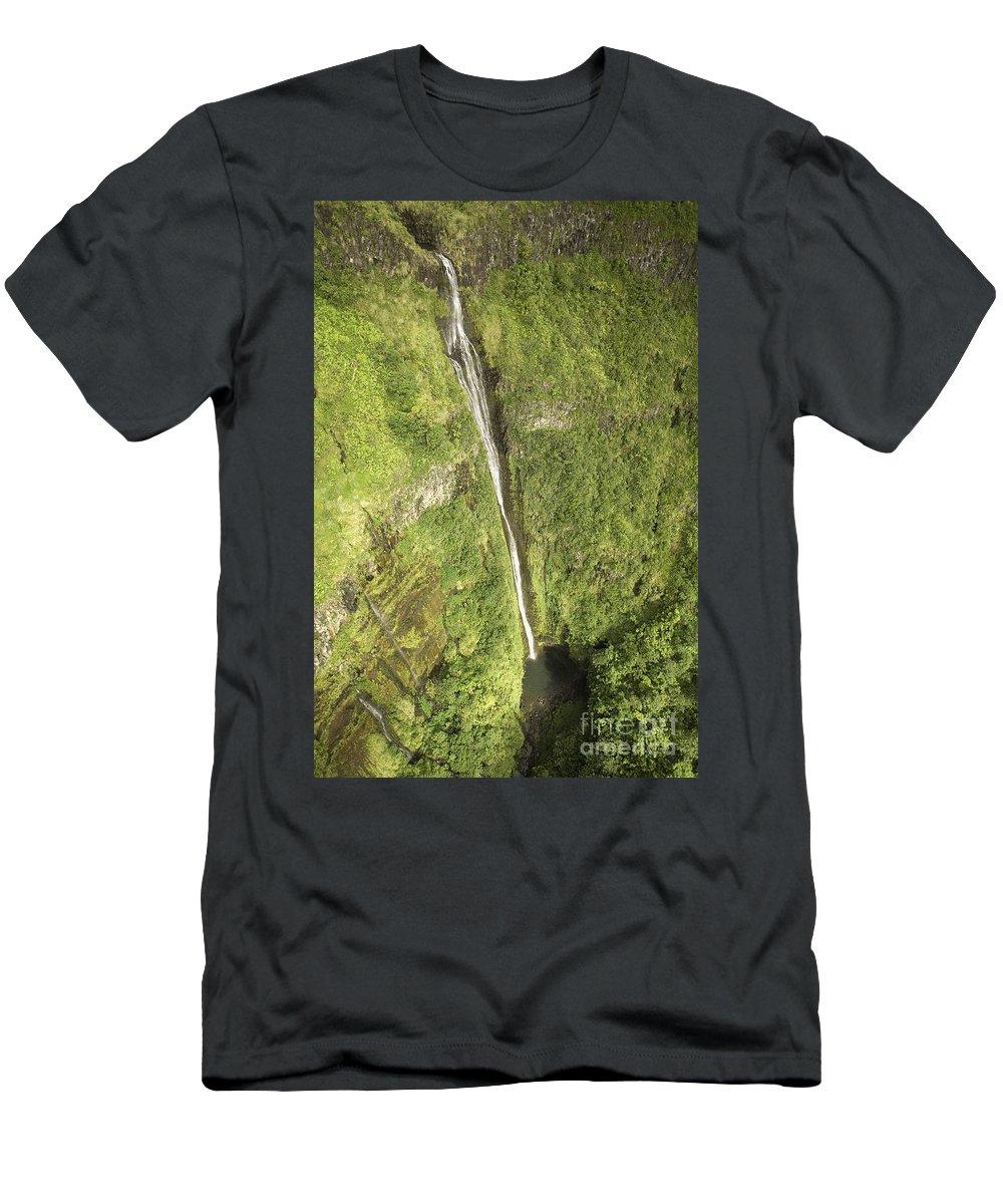Base Men's T-Shirt (Athletic Fit) featuring the photograph Wailua Falls by Ron Dahlquist - Printscapes