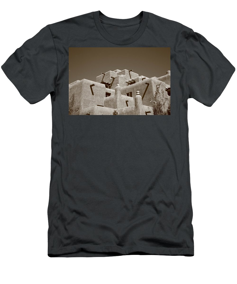 66 Men's T-Shirt (Athletic Fit) featuring the photograph Santa Fe - Adobe Building by Frank Romeo