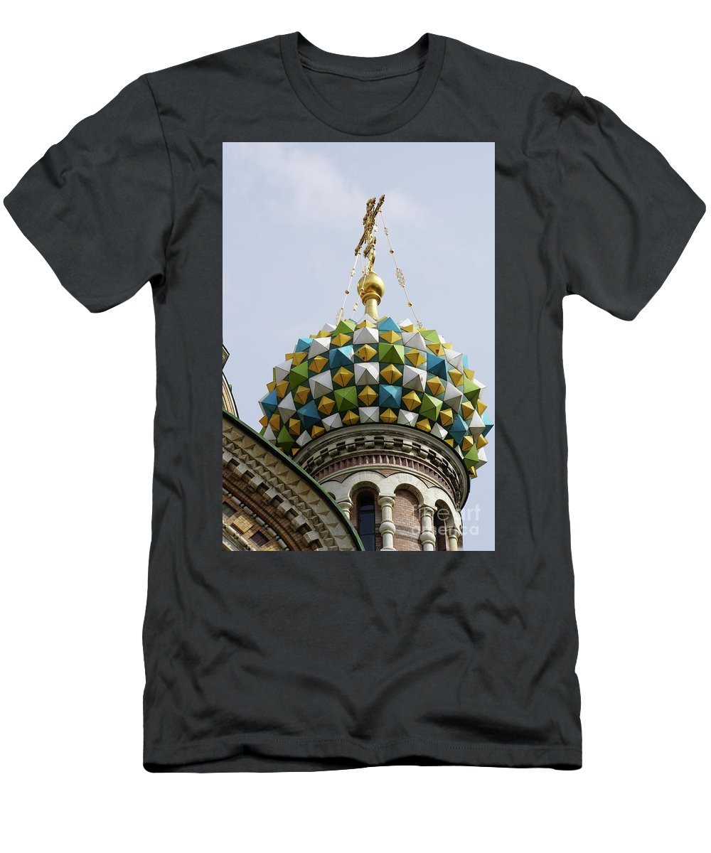Church Men's T-Shirt (Athletic Fit) featuring the photograph Church Of The Savior On Spilled Blood by Vladi Alon
