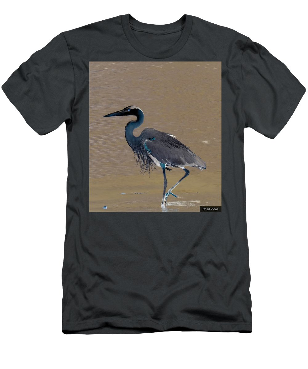 Colorado Men's T-Shirt (Athletic Fit) featuring the photograph Abstract Heron Art by Chad Vidas