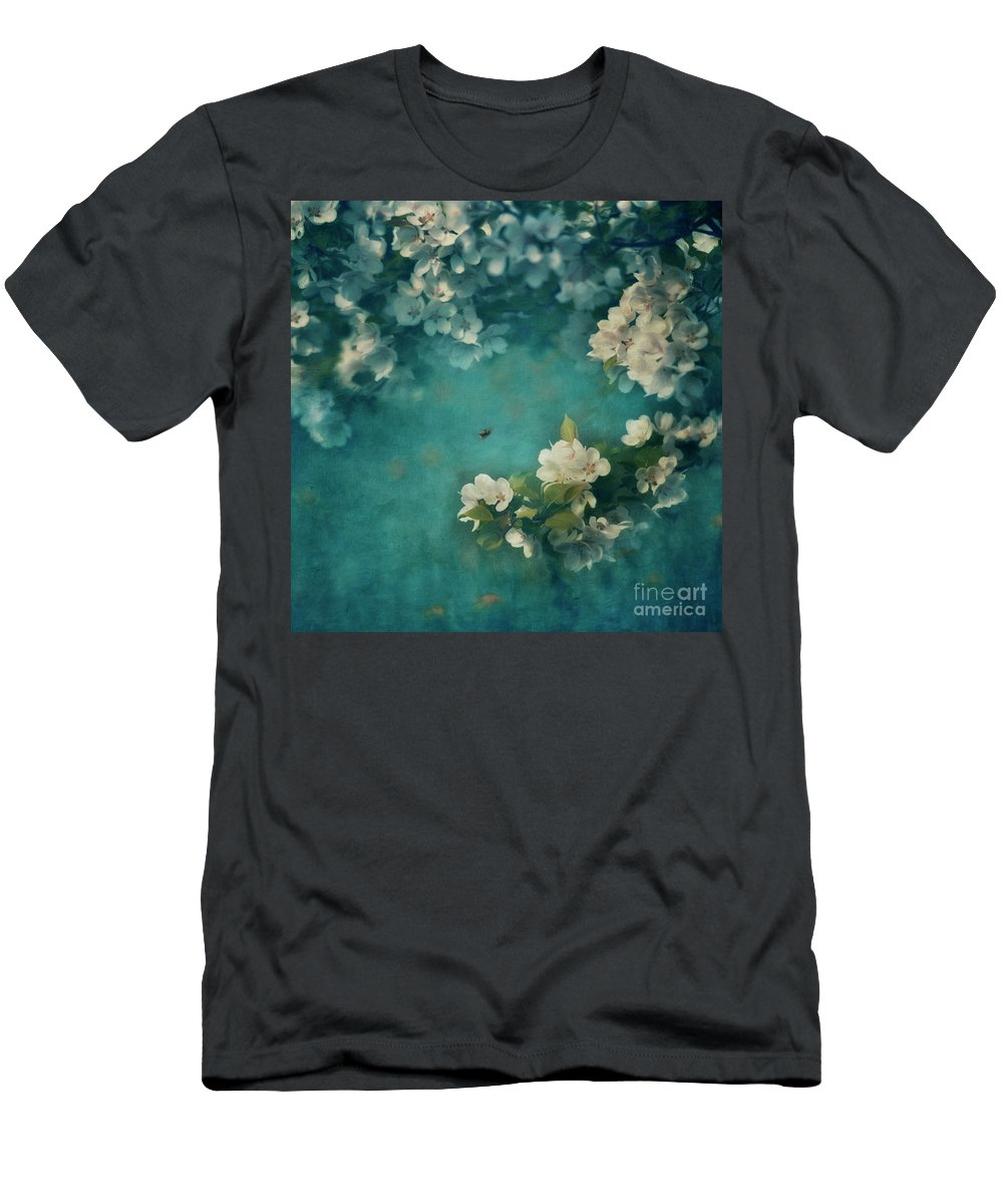 Bumblebee Men's T-Shirt (Athletic Fit) featuring the photograph Abundance by Priska Wettstein