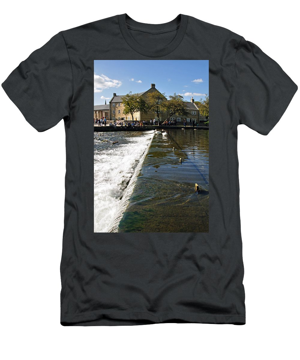 Bakewell Men's T-Shirt (Athletic Fit) featuring the photograph Across The Weir At Bakewell by Rod Johnson
