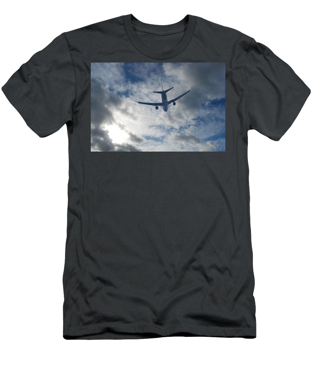Aircraft Men's T-Shirt (Athletic Fit) featuring the photograph Airliner 01 by Mark Alan Perry