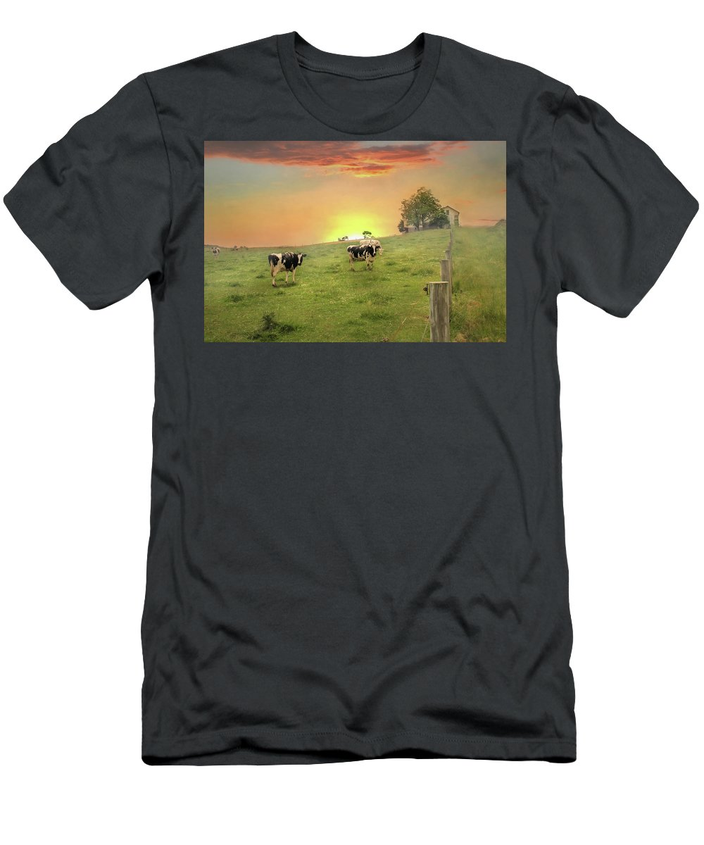 Cows Men's T-Shirt (Athletic Fit) featuring the photograph Annville Cows by Lori Deiter