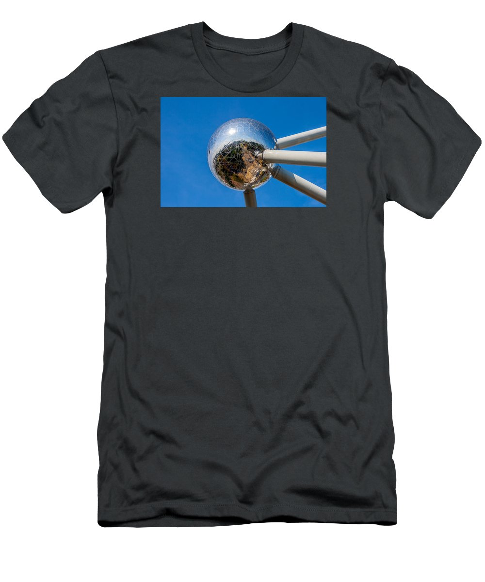 Atomium Men's T-Shirt (Athletic Fit) featuring the photograph Atomium by Boris Kijevskij