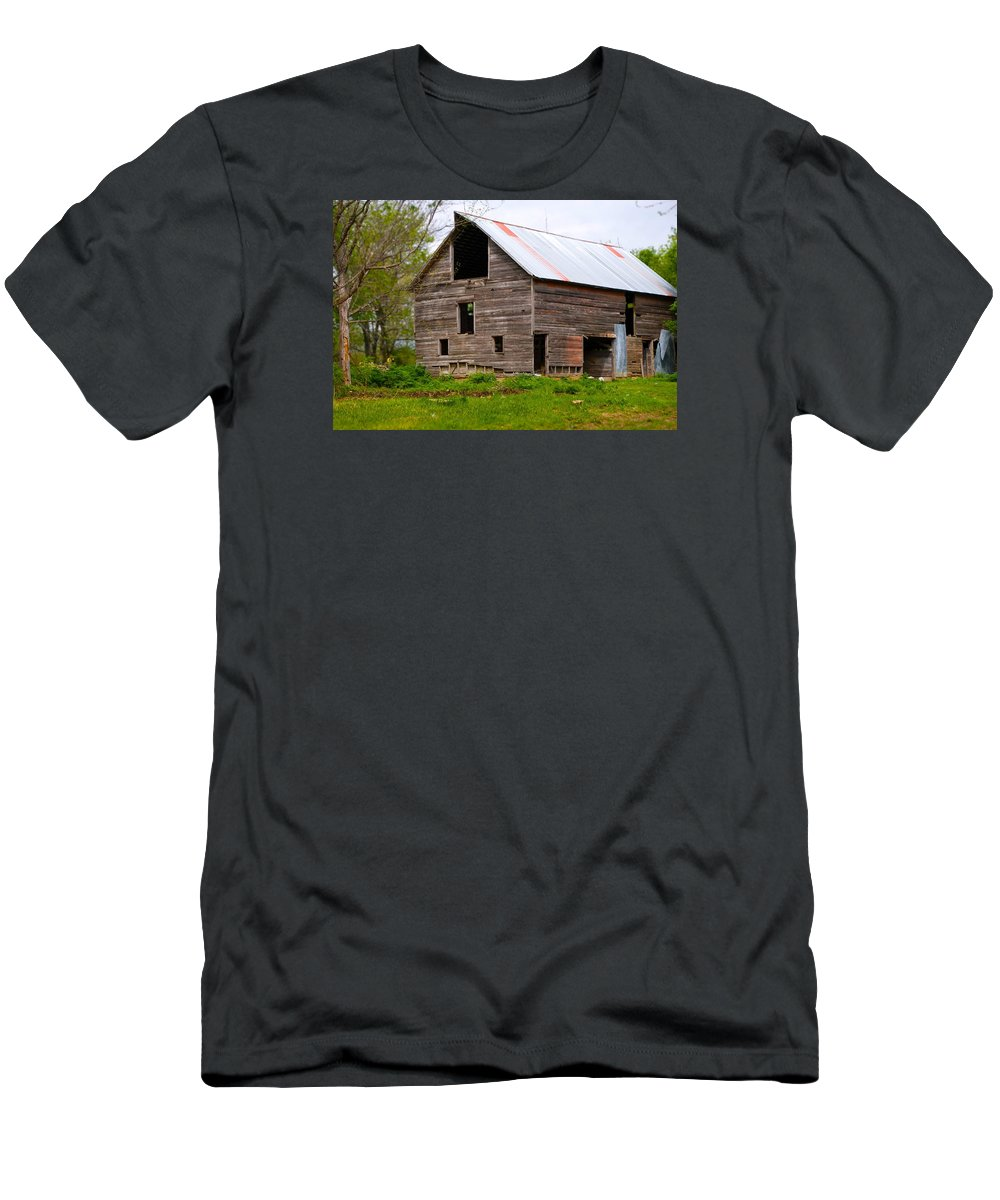 Old Barn T-Shirt featuring the photograph Barn in 3D by Toni Berry