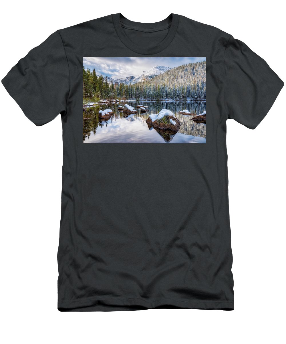 Colorado Men's T-Shirt (Athletic Fit) featuring the photograph Bear Lake Holiday by Darren White