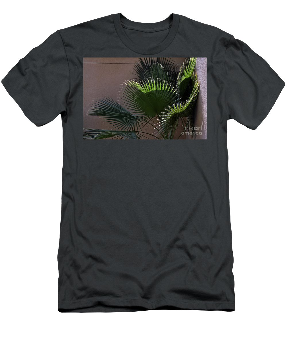 Clay Men's T-Shirt (Athletic Fit) featuring the photograph Biggest Fans by Clayton Bruster