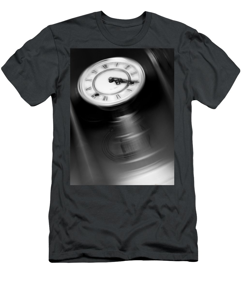 Break Time Men's T-Shirt (Athletic Fit) featuring the photograph Break Time by Wes Jimerson