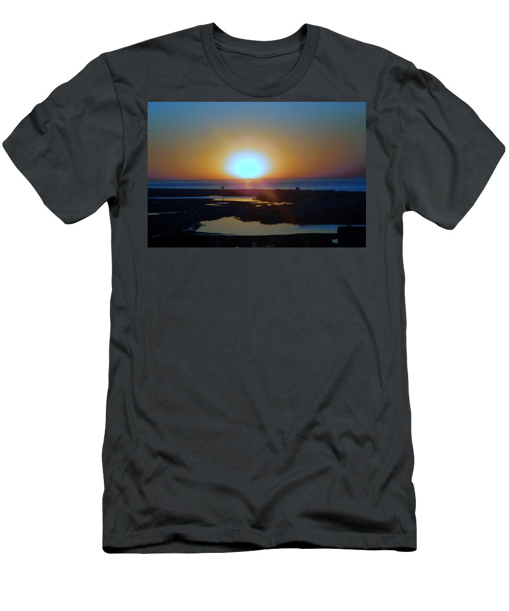 Nj Men's T-Shirt (Athletic Fit) featuring the photograph Breaking Dawn In The Big Ac by Arlane Crump