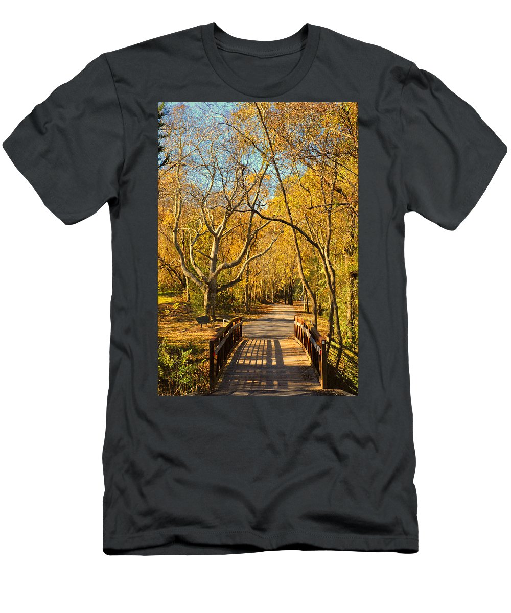 Trail Men's T-Shirt (Athletic Fit) featuring the photograph Bridge Of Sighs by Stephen Anderson