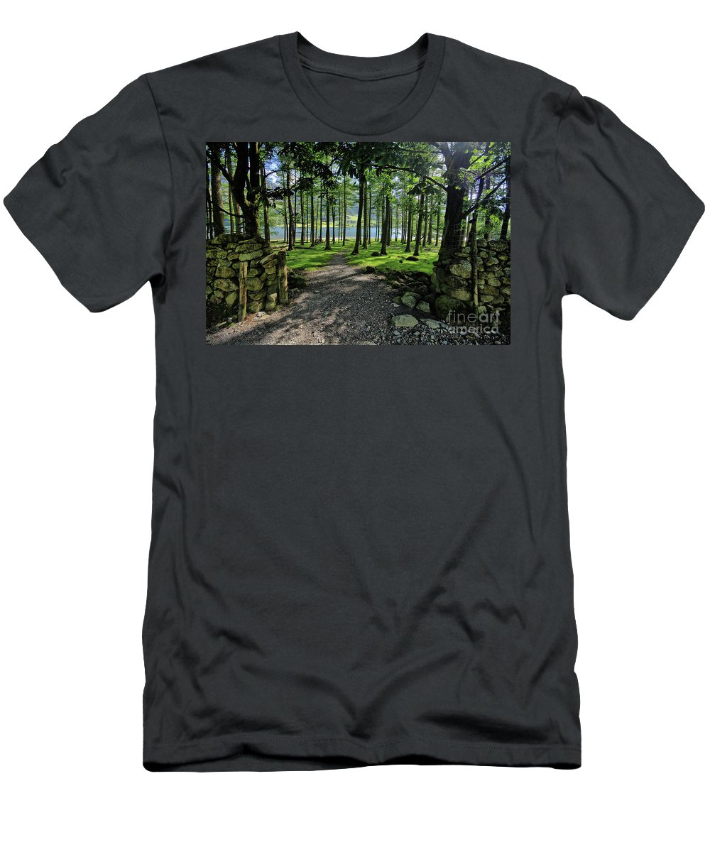 Buttermere Men's T-Shirt (Athletic Fit) featuring the photograph Buttermere Woods by Smart Aviation