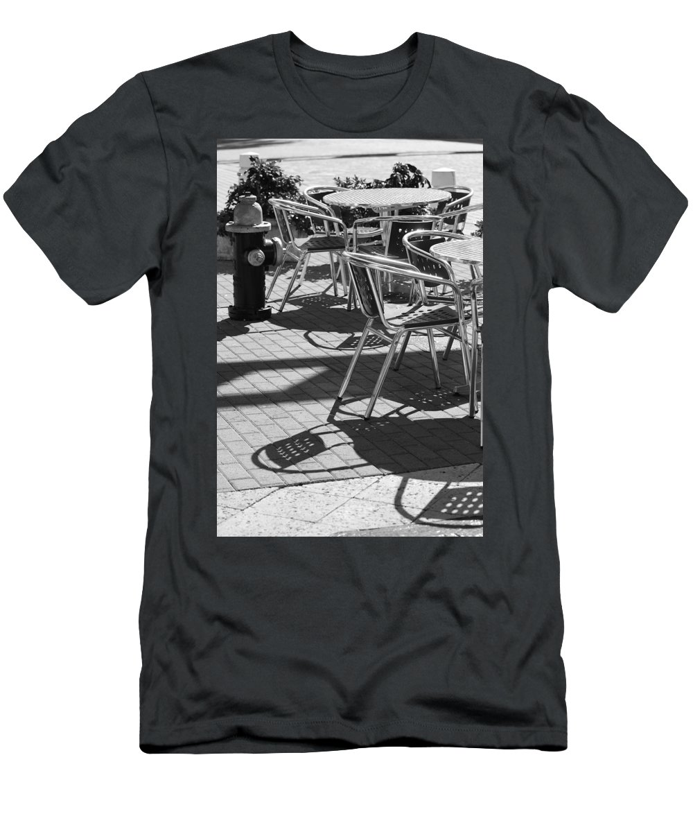 Fire Hydrant Men's T-Shirt (Athletic Fit) featuring the photograph Cafe Hydrant by Rob Hans