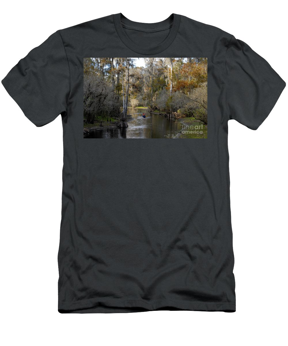 Family Men's T-Shirt (Athletic Fit) featuring the photograph Canoeing In Florida by David Lee Thompson