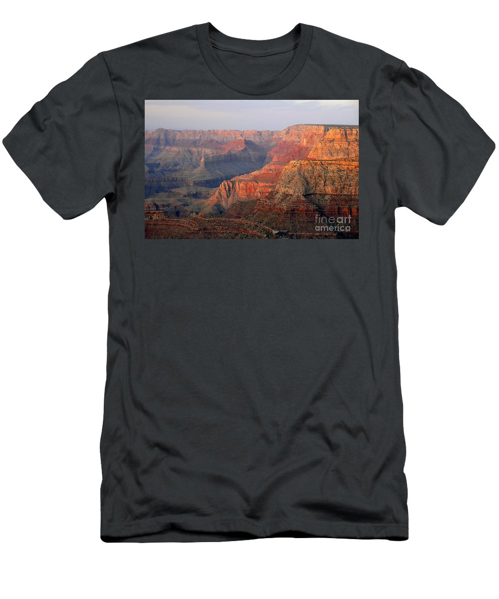 Grand Canyon Men's T-Shirt (Athletic Fit) featuring the photograph Canyon Dusk by David Lee Thompson