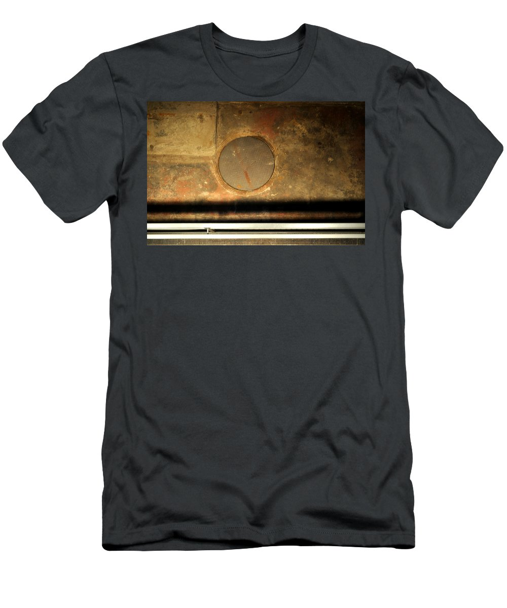 Manhole Men's T-Shirt (Athletic Fit) featuring the photograph Carlton 15 - Square Circle by Tim Nyberg