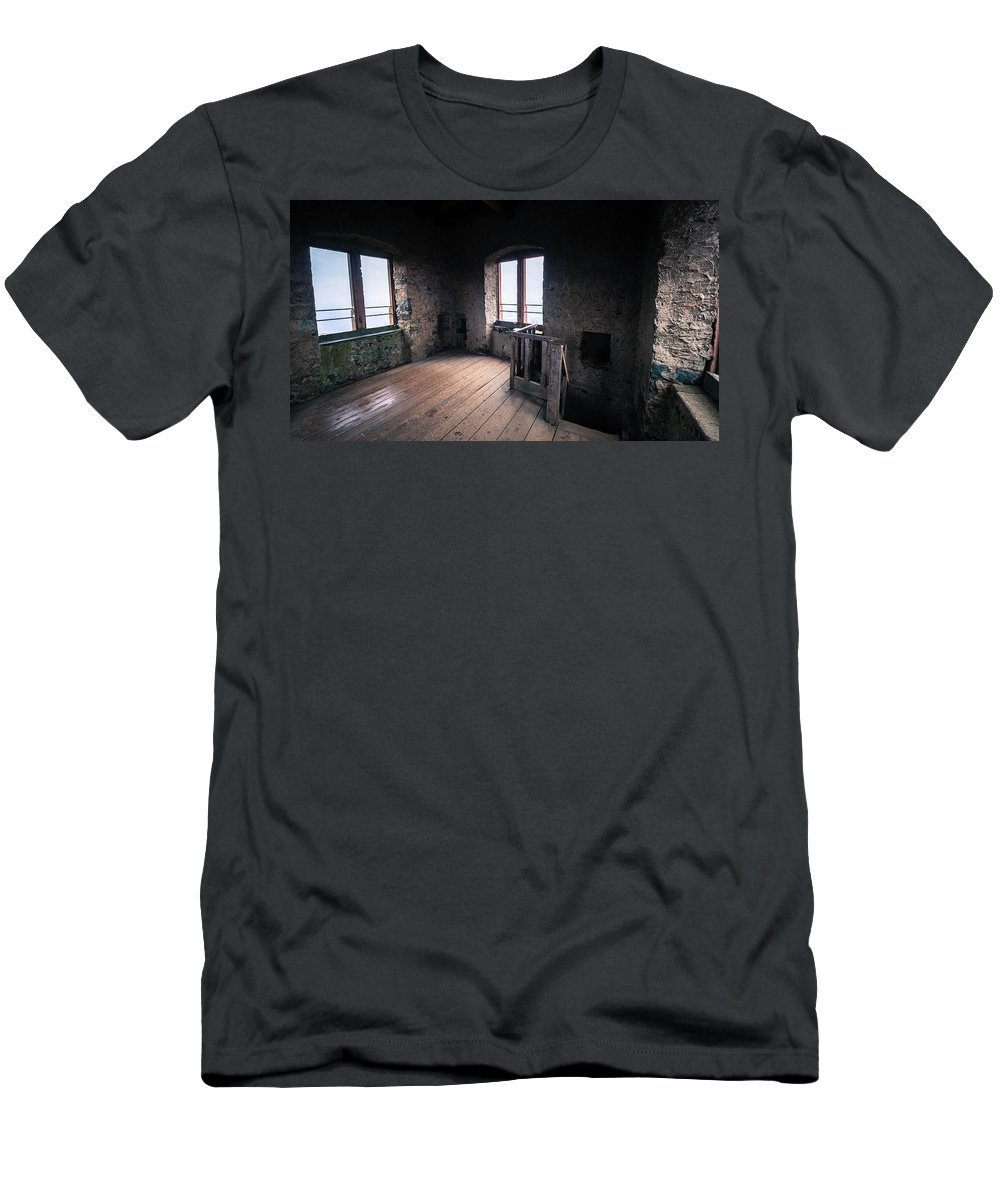 Castle Men's T-Shirt (Athletic Fit) featuring the photograph Castle Frankenstein by Jason Steele