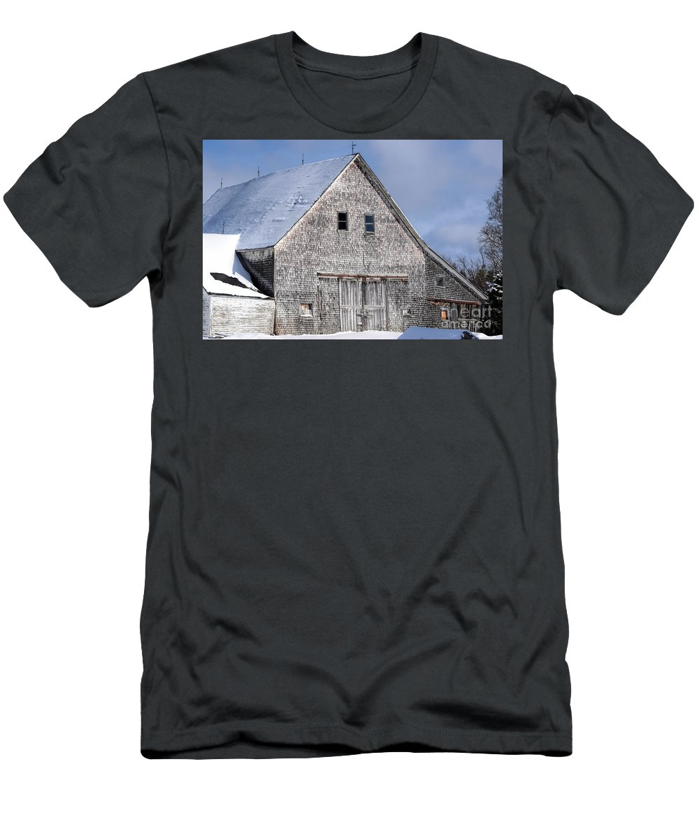 Old Barn Men's T-Shirt (Athletic Fit) featuring the photograph Cedar Shake Barn by William Tasker