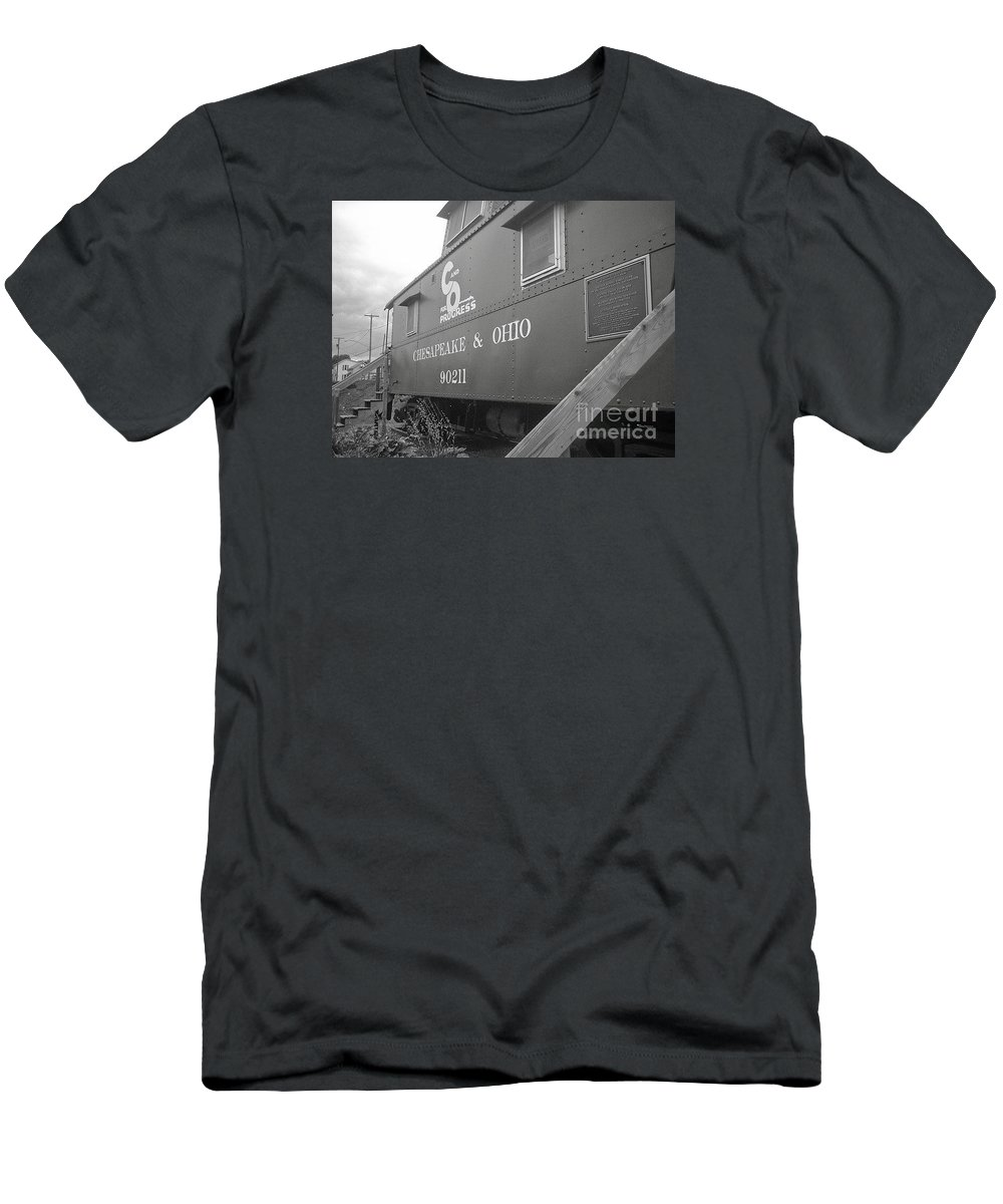 Caboose Men's T-Shirt (Athletic Fit) featuring the photograph Chesapeake And Ohio by Dawn Downour
