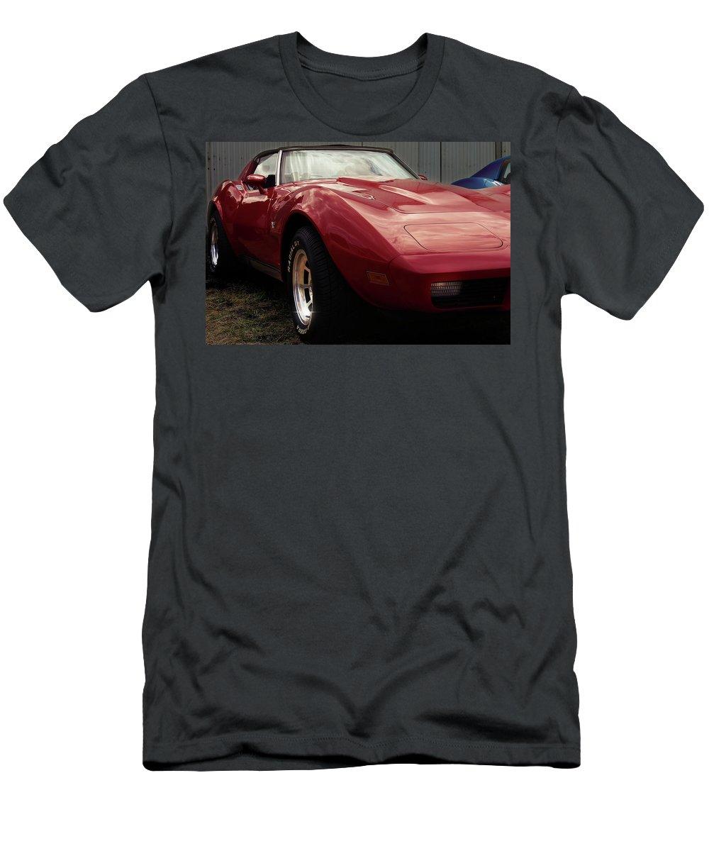 Chevrolet Corvette 1977 Men's T-Shirt (Athletic Fit) featuring the photograph Chevrolet Corvette 1977 by Hottehue
