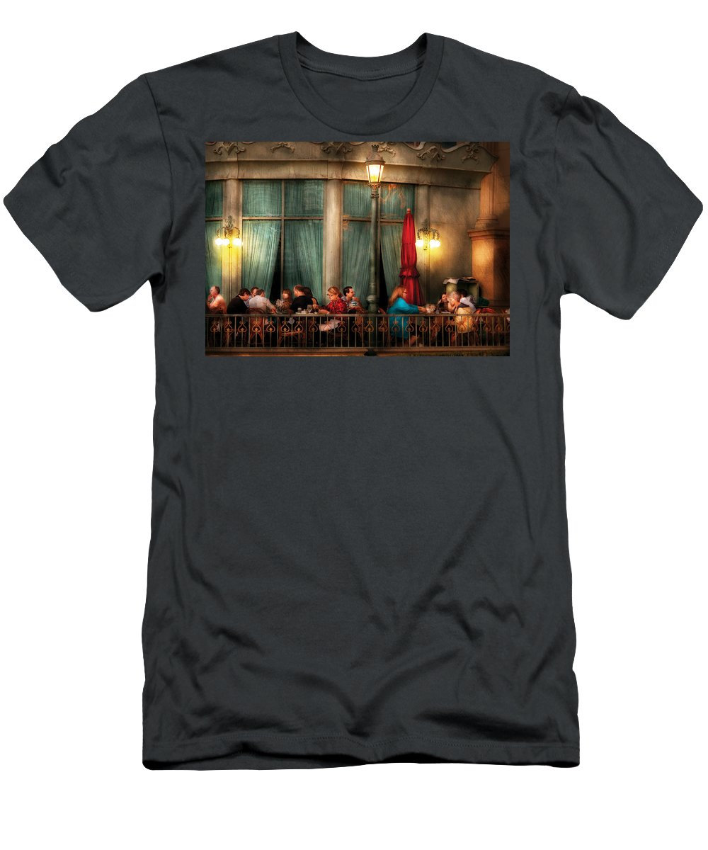 Savad Men's T-Shirt (Athletic Fit) featuring the photograph City - Vegas - Paris - The Outdoor Cafe by Mike Savad