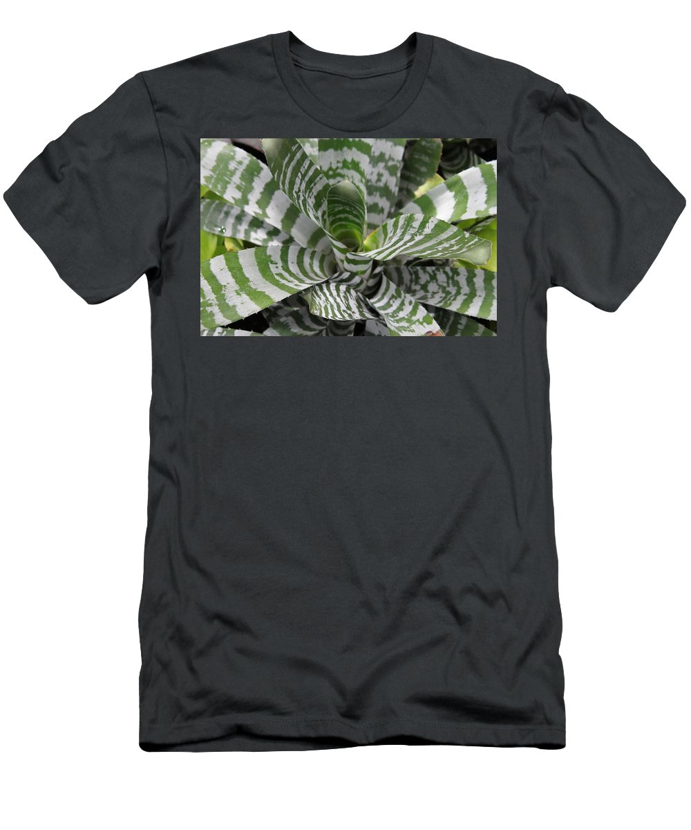 Nature Men's T-Shirt (Athletic Fit) featuring the photograph Clown by Munir Alawi